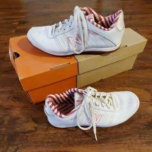 New Balance 474 Athletic Shoes